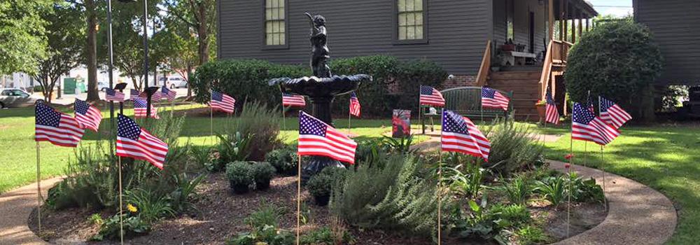 http://www.farmvillencchamber.org/v1/wp-content/uploads/Slide_StatueFountain.jpg